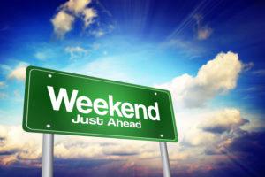 Dostępność pieniędzy w weekend w dużej mierze zależy od firmy pożyczkowej czy banku z którego oferty chcemy skorzystać.